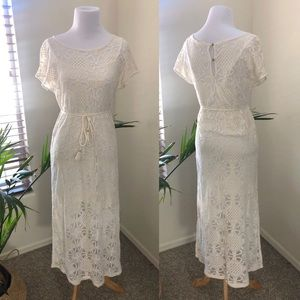 Anthropologie Dresses - Anthropologie Lilka Bellflower Lace Maxi Dress